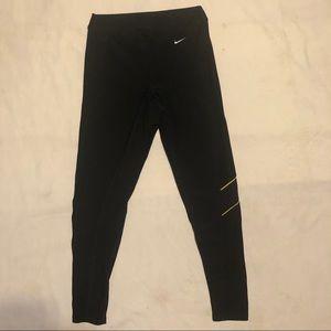 Nike Womens Essential Crop Dri Fit Running Capri M